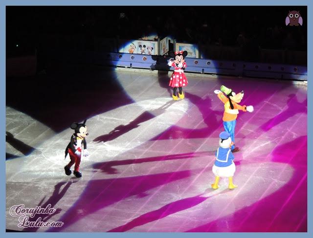 Mickey Mouse Minnie Pateta Goffy Pato Donald Duck Os anfitriões do show Disney On Ice: Tesouros Disney | ©CorujinhaLulu.com