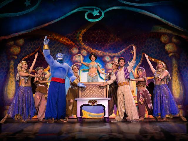Disney Live! O Caminho Mágico de Mickey e Minnie Mickey's Magic Show aladdin gênio da lâmpada princesa jasmine