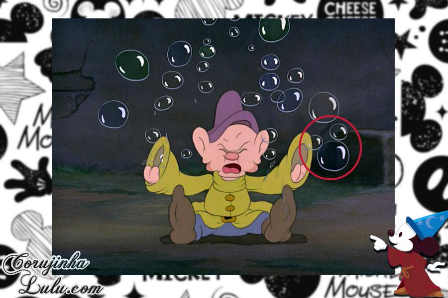 17 mickeys escondidos hidden mickey nos filmes da disney pixar corujinhalulu branca de neve e os sete anões easter egg