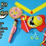 Diy Anime: Kit Sailor Moon com Tiara Lunar + Gargantilha + Brincos + Caderno + Capinha de Celular / Tablet com porta fone de ouvido + Cetro Lunar Touch | Corujices da Lu