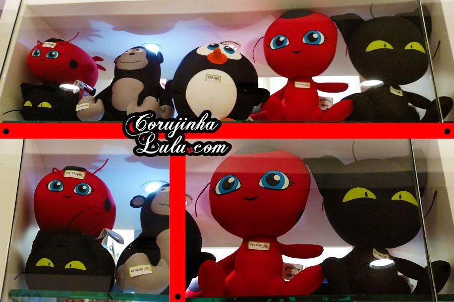 Unboxing dos Novos Produtos e Brinquedos de Miraculous Ladybug: Almofada / Pelúcia Tikki e Plagg - Vlog floc novidades brinquedos fom corujinhalulu corujinha lulu cat noir chat noir gato noir boneco   ©CorujinhaLulu.com