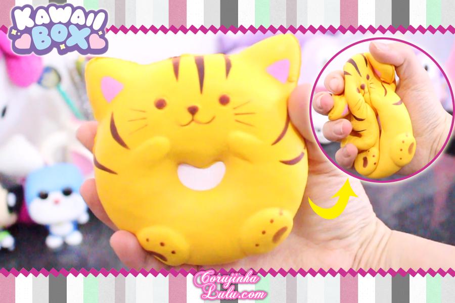 Review + Sorteio Kawaii Box Maio 2018 | ©CorujinhaLulu.com corujinhalulu corujinha lulu cat squishy squish gato donut